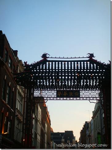 伦敦的夏天 London '09 ~第25章美食 Girls Day Out - Patisserie Valerie, Chinatown, Sloane Square Market